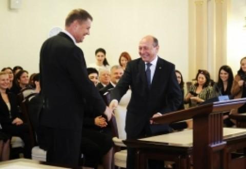 """Băsescu preia discursul PSD. Atac la Iohannis: """"Cum vine asta cu  dar il iei pe MRU?"""""""