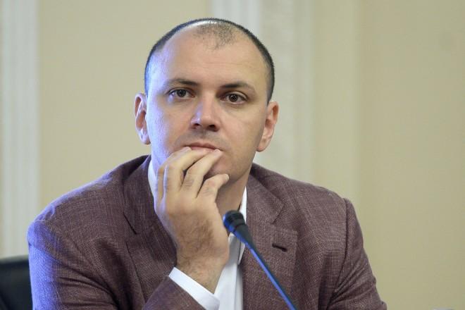Ghiţă: Ce rost avea să dau primarului 300.000 euro pentru ca el sa dea echipei de baschet 300.000 euro?