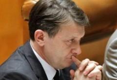 Crin Antonescu, suspect de legături cu mafia imobiliară