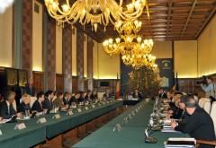Întâlnire la Guvern pentru salariile medicilor. Ponta i-a chemat pe miniştrii Finanţelor şi Sănătăţii