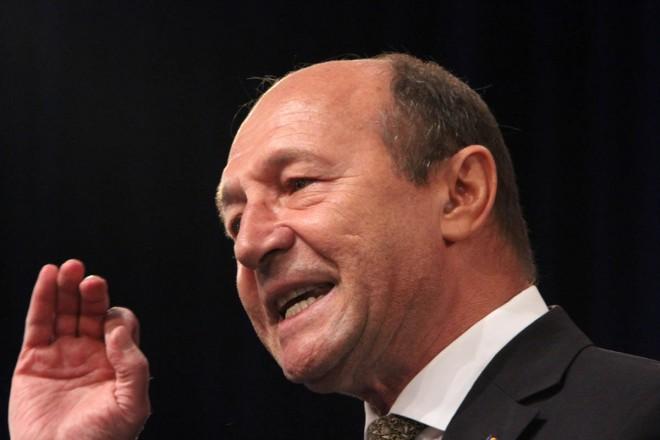 Traian Băsescu, amenințări fără precedent: Ticăloşilor – cine spuneaţi că tremură?