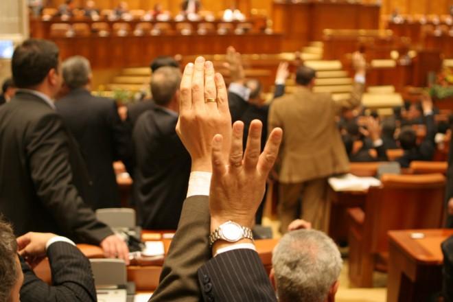 Codul Fiscal, ADOPTAT în plenul Camerei Deputaţilor