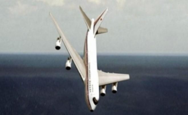 'S-a prabusit avionul presedintelui Iohannis?'