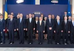 Ce spune Dacian Cioloş despre fotografia de grup făcută cu miniştrii