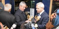 Klaus Iohannis cere reexaminarea legii care permitea aleşilor locali cu dosar să rămână în funcţie