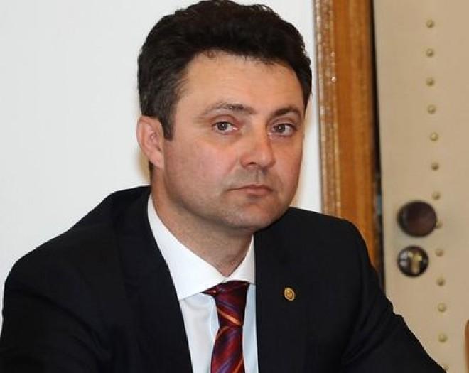 Fostul procuror general al României, Tiberiu Nițu, pus sub urmărire penală de DNA