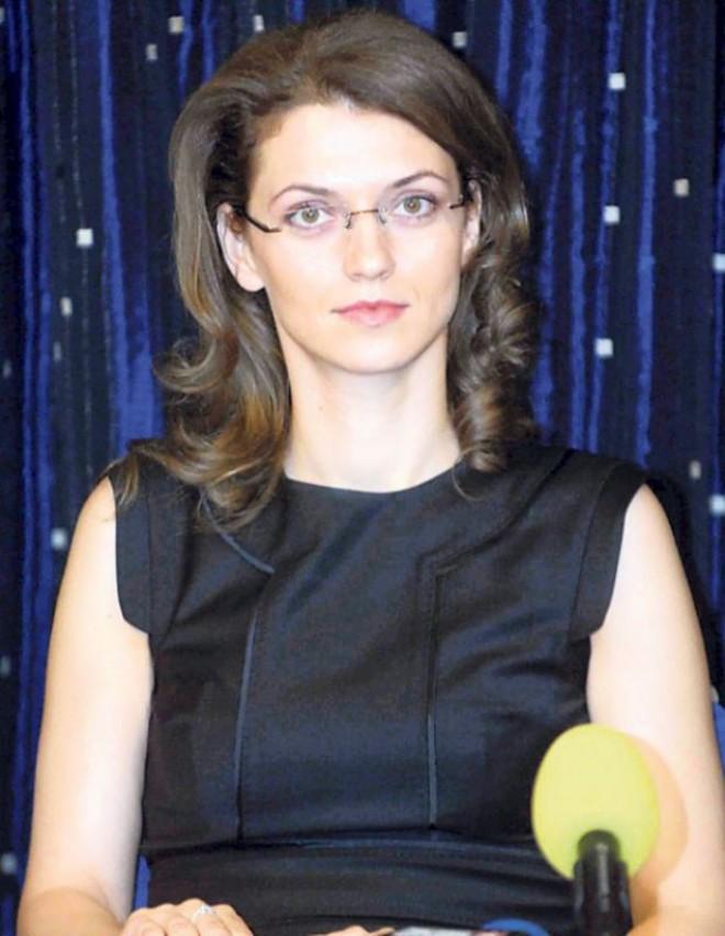 Lovitură pentru Alina Gorghiu! Soțul ei, chemat la DNA