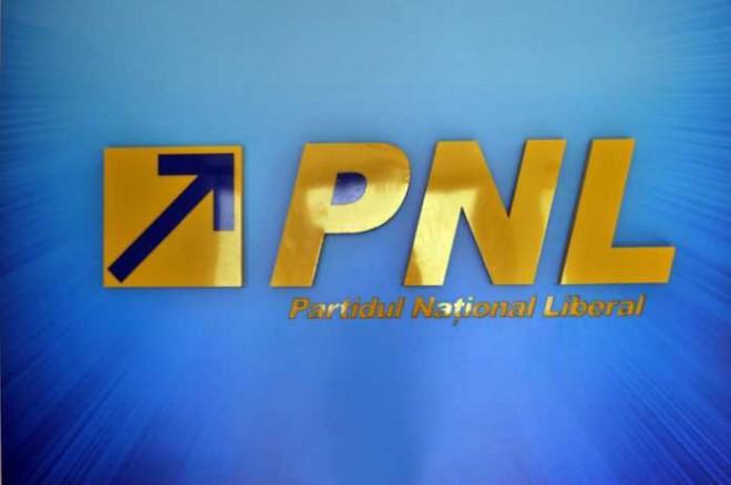 PNL pierde o sută de liberali. La ce partid au plecat
