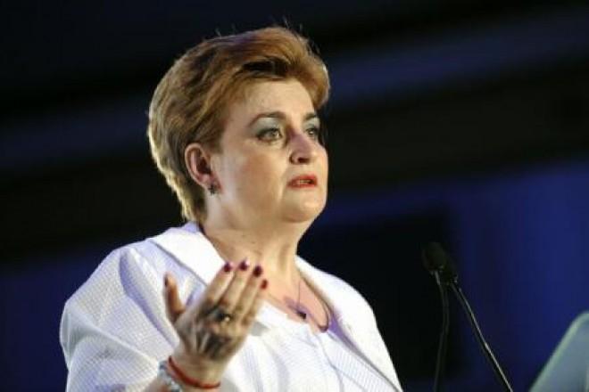 Graţiela Gavrilescu şi-a depus luni candidatura la Primăria Ploieşti