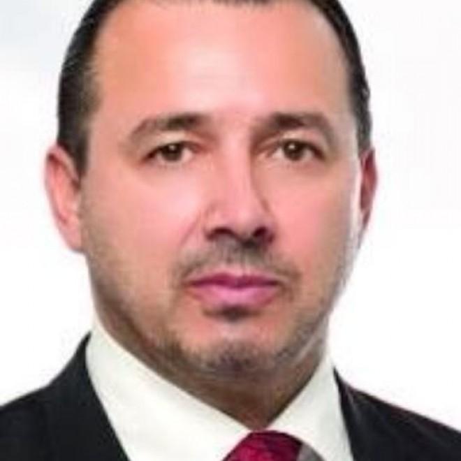 """Catalin Radulescu (PSD Diaspora), acuzatii dure la adresa lui Zgonea """"Draga Vali Zgonea, pentru violarea Facebook-ului meu si postari fictive, am cerut avocatilor mei sa faca plângere penală"""""""