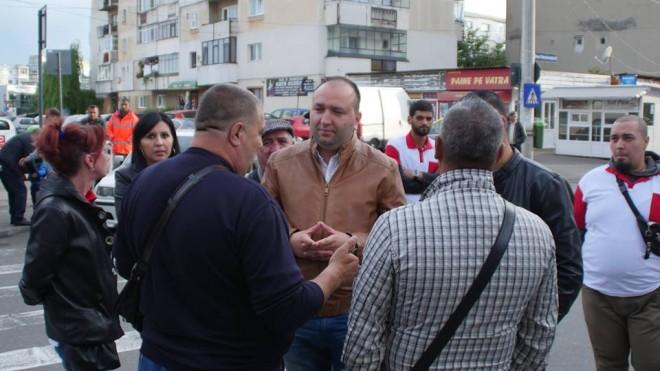 Raul Petrescu, candidatul UNPR la Primăria Ploieşti, de vorbă cu ploieştenii