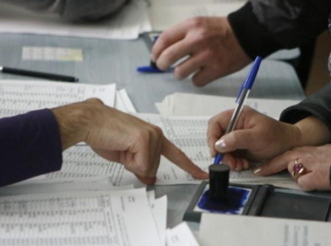 AEP a desemnat preşedinţi de secţii de votare şi locţiitorii acestora