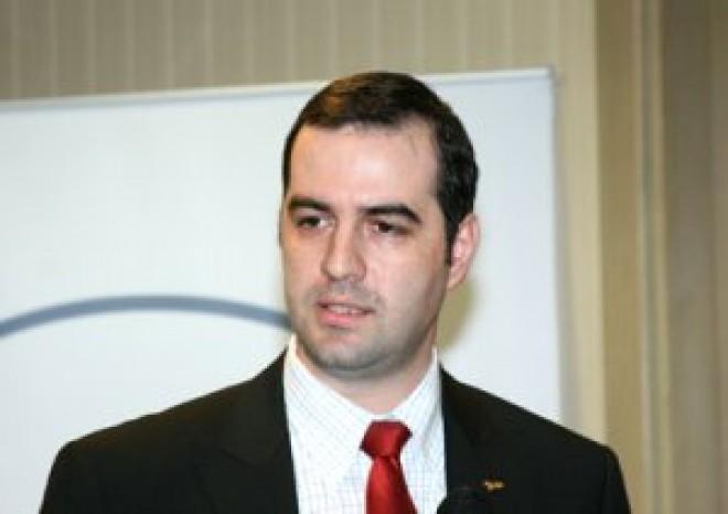 Radu Popescu rupe topurile pe internet. Este cel mai cautat politician din Ploiesti