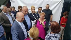 Lovitură de imagine! Codrin Ştefănescu şi Ionela Prodan, în vizită la Ploieşti