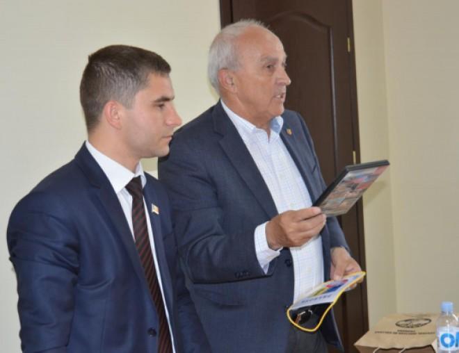 Preşedintele CJ Prahova, Mircea Cosma, în vizită de lucru în mai multe raioane din Republica Moldova FOTO