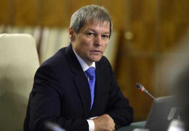 Premierul Cioloș și ministrul Pîslaru au ajuns în Italia, pentru a fi alături de românii afectați de cutremur