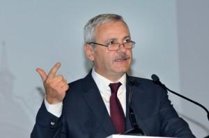 """Dragnea, catre liderii PSD: """"Se trage in noi din toate partile, si din interior si din exterior"""""""