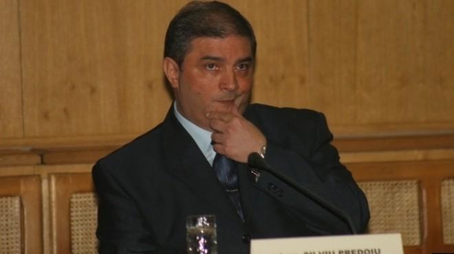Cine este Silviu Predoiu, noul şef al Serviciului de Informaţii Externe