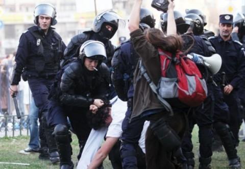 """Codrin stefanescu face acuzatii grave: """"Tehnocrații, responsabili de violențele de la marșul unioniștilor: Guvernul vrea să controleze strada"""""""