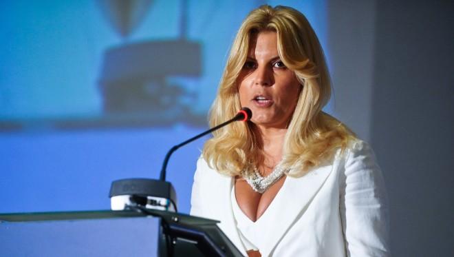 Elena Udrea şi-a depus candidatura pentru Camera Deputaţilor
