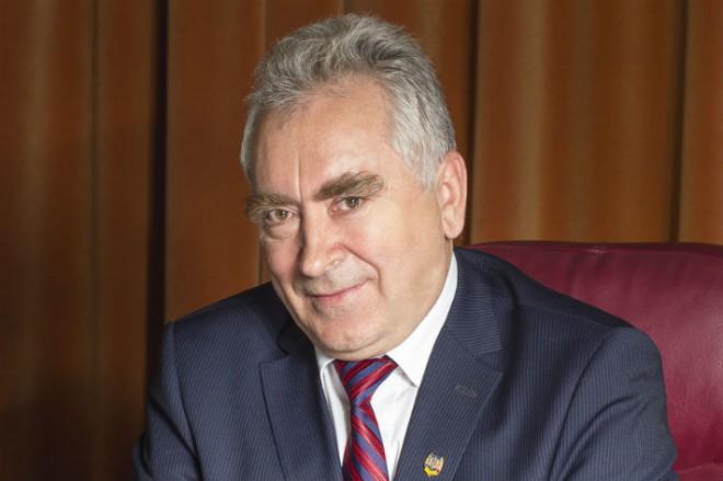 SURSE/ Lovitura pentru PNL cu doua zile inainte de alegeri! Senatorul Ion Luchian a trecut la ALDE