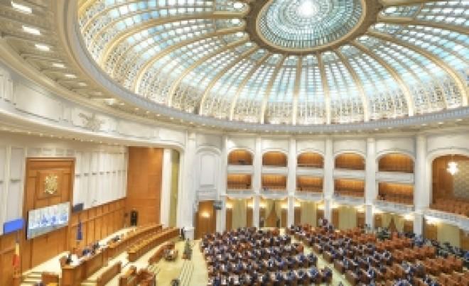 Liviu Dragnea, victorie în Parlament, în fața lui Klaus Iohannis. Vor fi ELIMINATE 102 taxe