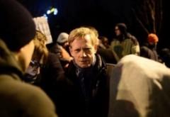 Seful Raiffeisen, 'sancționat' pentru că a protestat în fața Guvernului: O institutie publica si-a inchis contul bancar. Mai urmeaza si altii?