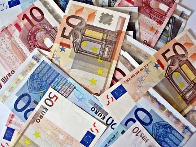 Peste 74 de milioane de EURO, alocate temporar pentru programe destinate IMM-urilor și finanțate din fonduri UE