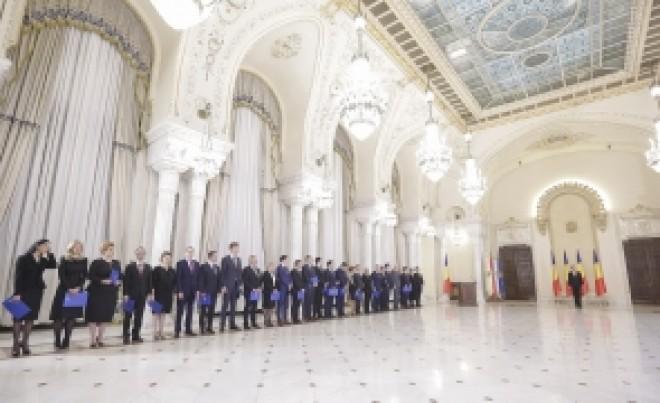 Guvernul repară greșelile tehnocraților: Ordinul care a pus pe jar mii de români a fost ANULAT