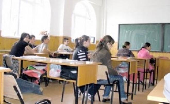 Educatia a intrat in era denunturilor! Subiect de Olimpiada, in Prahova: Concepeti un DENUNT adresat conducerii de partid