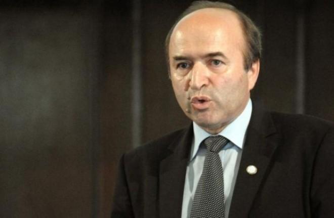 Tudorel Toader, ministrul Justiției: Vom face un inventar al tuturor deciziilor Curții Constituționale cu referire la normele juridice penale