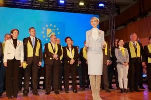 PNL s-a sucit: Liberalii anchetați penal, păstrați în funcții cheie