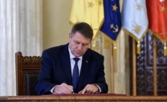 ULTIMA ORĂ: Iohannis a semnat pentru 'lovitura de stat a BNR'