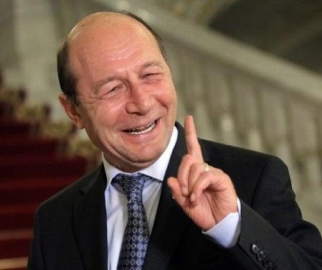 """A devenit Băsescu """"vocea ratiunii""""? """"Dacă a luat o dată mită, să nu-i distrugem viața! Așa era în tranziție"""""""