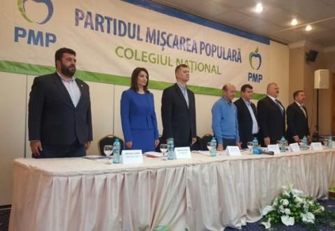 """Traian Băsescu, la Sinaia. """"E greu să luptăm cu PSD și PNL, însă vreau să câștigăm anumite primării"""""""