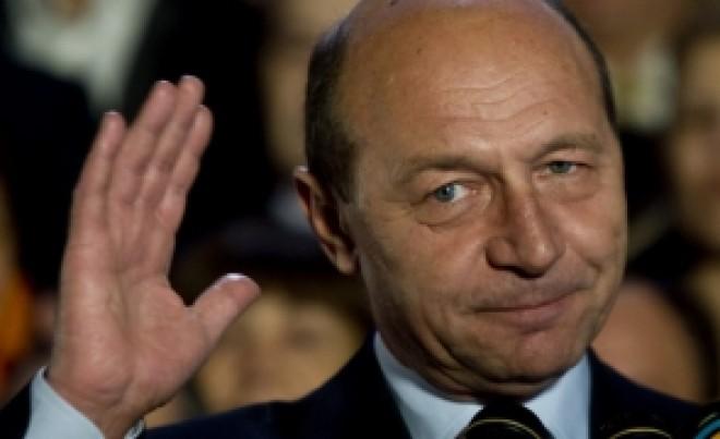 Băsescu critică dur Germania: 'Nu, doamnă Merkel! Trump are dreptate'