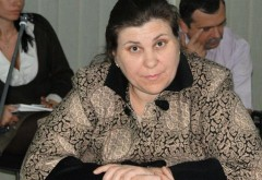 DEMISIA//Nicoleta Craciunoiu are 15 zile la dispozitie sa aleaga una dintre functii, conform Legii 188/1999