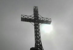 Guvernul dă o SUMĂ URIAȘĂ pentru refacerea Crucii Caraiman