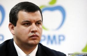 """Deputatul Eugen Tomac, preşedintele executiv al PMP: """"Avem cod roşu în sănătate. Îi cerem premierului să demită toată conducerea Ministerului Sănătăţii. Parchetul trebuie să se sesizeze pentru lipsa stocurilor de vaccinuri"""""""