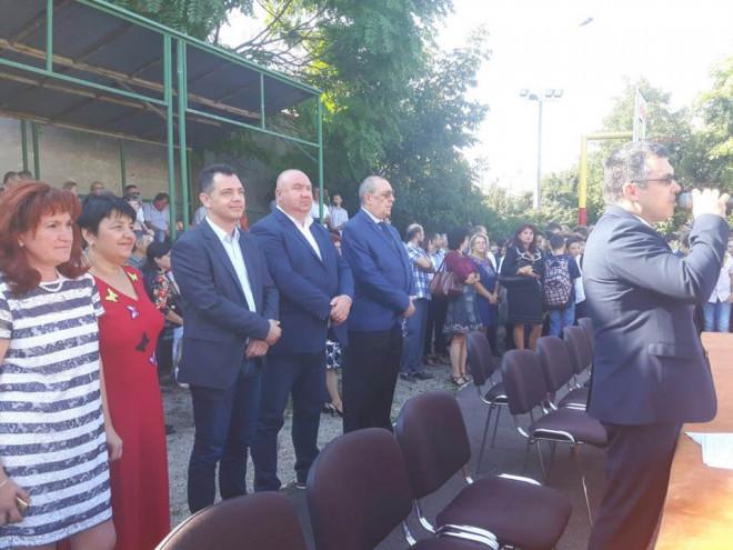 Viceprimarul Cristian Ganea le-a urat succes elevilor în noul an şcolar