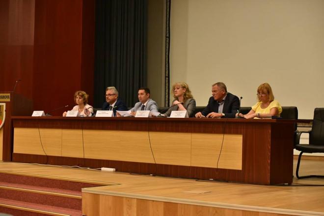 Intalnire cu primarii, la CJ Prahova