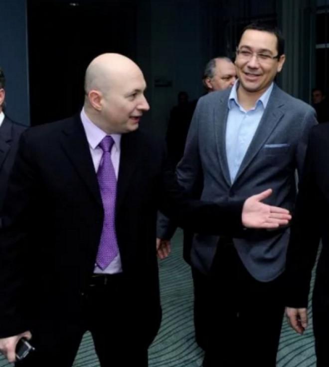Victor Ponta, LOVIT de Codrin Ștefănescu pe teren propriu: Ai luat-o razna de tot? Te detonezi în direct