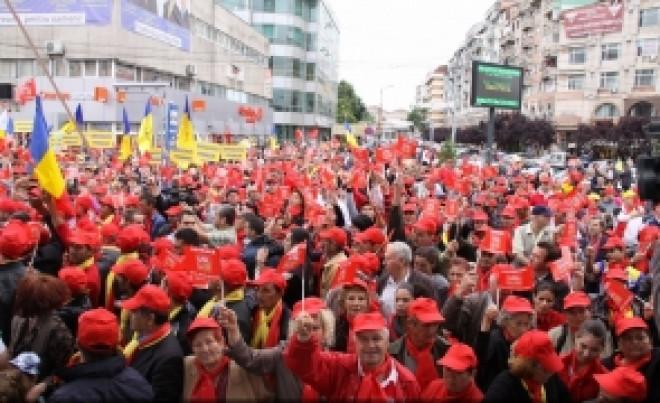 Reacție din PSD: Jalnic! Doar 80 de oameni a putut scoate în stradă statul paralel? Vom decide un miting uriaș în Capitală pentru sprijinirea Guvernului!