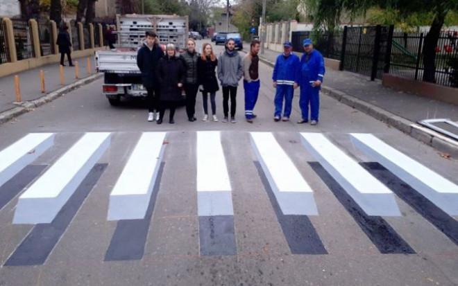 "Viceprimarul Cristi Ganea vrea ""zebre"" 3D in Ploiesti"