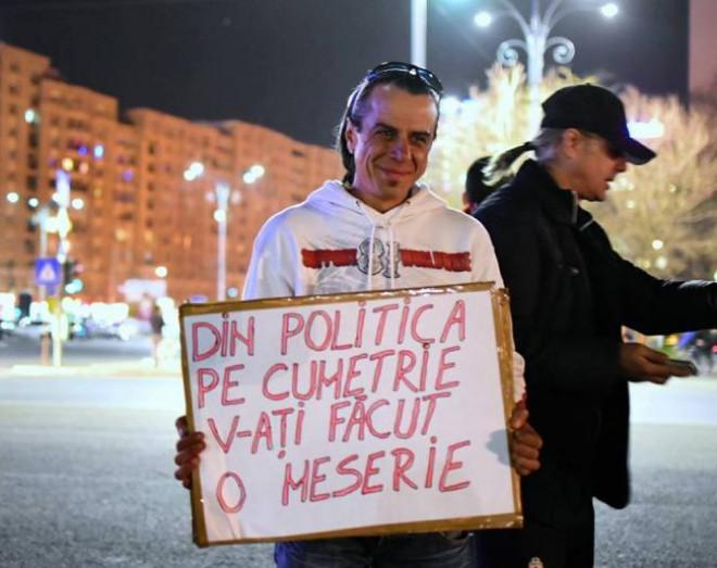 Protestatarul-agresor din Piața Victoriei, candidat pe listele lui Băsescu la localele din 2016
