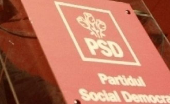 Încă un deputat PSD acuză protestatarii că i-au blocat mașina: