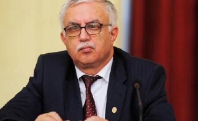 Augustin Zegrean intervine în disputa dintre Augustin Lazăr și Tudorel Toader: 'Sub autoritatea ministrului Justiţiei nu înseamnă în subordinea'