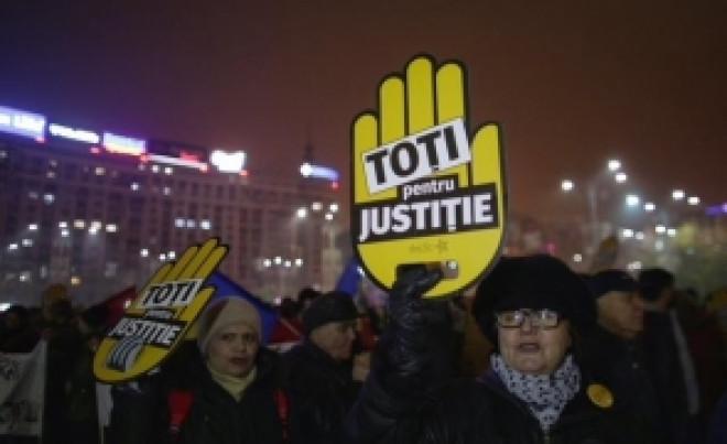 Mărturii ULUITOARE despre protestele #rezist: Cine s-ar afla în spatele acestor mișcări de stradă