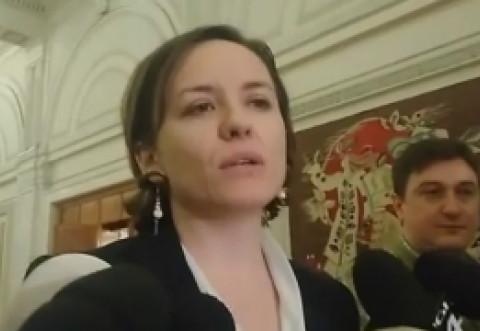 """AMENINTARE INCREDIBILA! Cosette Chichirau, catre Steluta Steluța Cătăniciu: """"Vă aştept la metrou"""""""