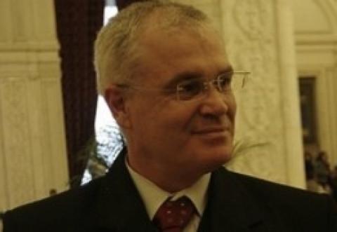 Eugen Nicolicea a pus 'TUNURILE' pe USR: 'Au depus 6.500 de amendamente la regulamentul Camerei Deputaţilor, în batjocură'